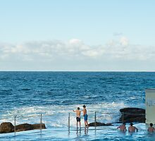 Swimmers at Tamarama Beach by worldwondering
