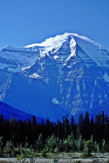 Mount Robson by hummingbirds