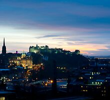 Edinburgh Castle and Rock at night by photoeverywhere
