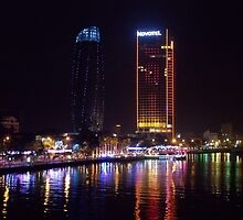 Da Nang city by night by Richy68