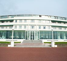 Midland Hotel, Morecambe by photoeverywhere