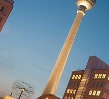 Alexanderplatz, Berlin, at night by photoeverywhere