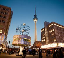 Alexanderplatz at night by photoeverywhere