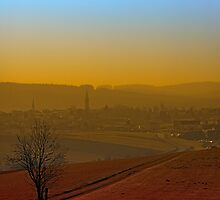 Haze, sunset and city skyline | landscape photography by Patrick Jobst