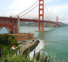 golden gate bridge by photoeverywhere