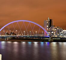 Clyde Arc a.k.a. Squinty Bridge by Stevie B