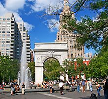 Washington Square, Saturday, New York by Zal Lazkowicz