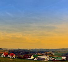 Sunset, the village and panorama | landscape photography by Patrick Jobst