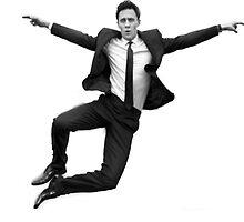 Tom Hiddleston by Xeph