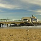 Bournemouth pier, England by flashcompact