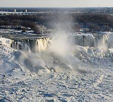 Frozen Niagara Falls by yobab