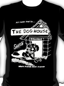 Retro Seattle – Dog House Restaurant T-Shirt T-Shirt