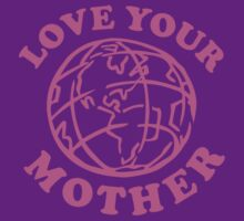 Love Your Mom by BrightDesign