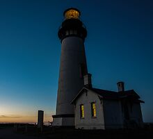 Yaquina Head Lighthouse at Sunset by thomr