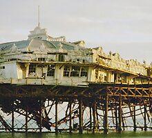 Brighton West Peir by looneyatoms
