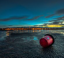 Ryde Sands at Night by manateevoyager
