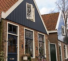 Bike by the Edam House by boraakbay
