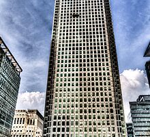 Canary Wharf Tower London by DavidHornchurch