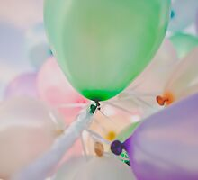 Happy Balloons by mackphotography