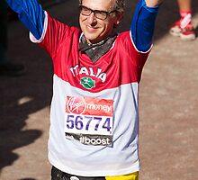 Alberto Zaliani after finishing the London Marathon by Keith Larby