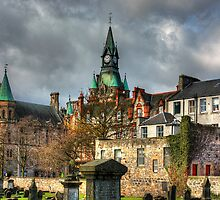 Dunfermline Tower by Tom Gomez