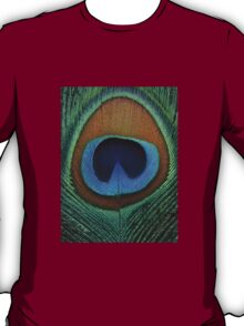 Beautiful peacock feather T-Shirt