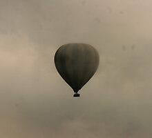 Balloon in the mist by Manon Mispiratceguy