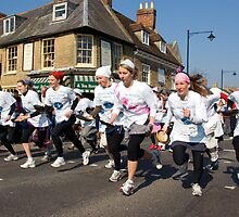 Olney Pancake Race, Buckinghamshire by Kawka