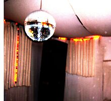retro disco ball booth by GarlandWarmade