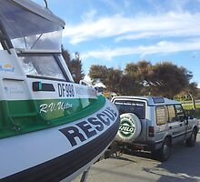 Green3 and Landrover by wvsr