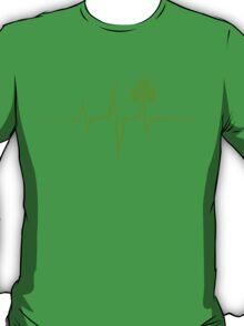 Music Pulse Irish, Frequency, Wave, Sound, Shamrock T-Shirt