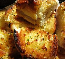 Crunchy Garlic Bread by trueblvr