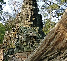 Angkor Thom Entrance by DarthIndy