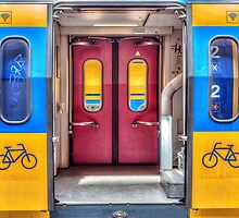Yellow, Red and Blue by RMarks