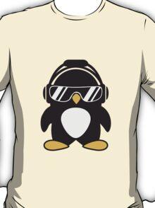 Penguin with headphones T-Shirt