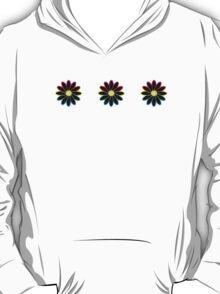 Simple Black & White Daisy Pattern  T-Shirt