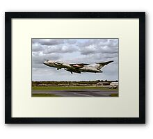 Handley Page Victor K.2 XL188 Framed Print