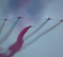 Red Arrows by LydiaBlonde