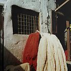 Dyeing wool, Marrakech by indiafrank