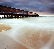 Walton Pier Silly O'Clock by Andy Freer