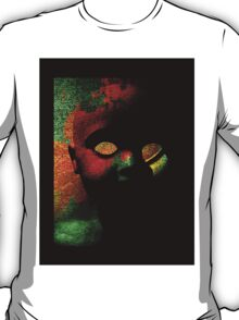 The porcelain doll of the storeroom T-Shirt