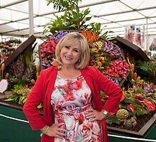 Lesley Garrett at RHS Chelsea Flower Show by Keith Larby