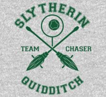 Quidditch - Slytherin - Team Chaser by Divum