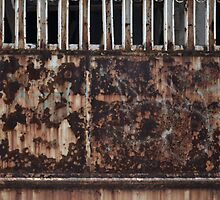 rusty door by bayu harsa