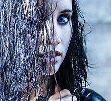 Vampire Eyes by Lopti