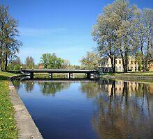 scenic river Spring by mrivserg