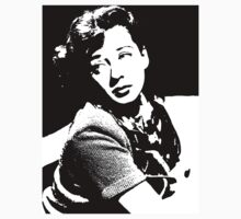 Gail Russell Mourns The Loss by Museenglish