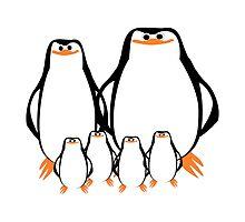 Penguin Family  by biglnet