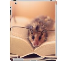 Hamster The Reader  iPad Case/Skin
