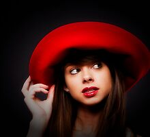 AMY & THE RED HAT   ... by NUDEIMPACT